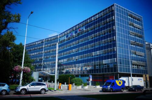 Administrativní budova Kubáňské náměstí Praha. Obrat 1,7 mil Kč